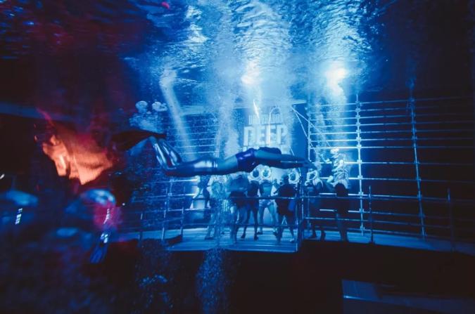 狂野水下派對活動